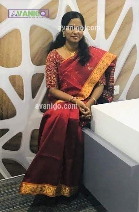 Simple Kanchi Pattu Saree with a Heavy Blouse for Functions