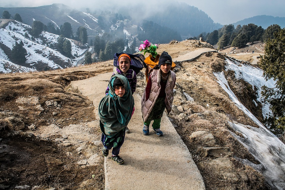 People living in the Himalayan ranges